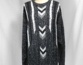 vintage 1980s chevron sweater / size large
