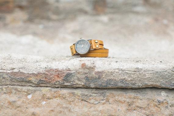 Leather Wrap Watch, Bracelet Watch, Women's Cuff Bracelet Watch Costume Leather Bracelet Watch for Women