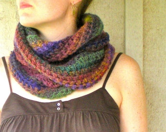 PATTERN: Wildflower Cowl, easy crochet PDF, Infinity Circle Cowl, Scarf, ombre neckwear, InStAnT DoWnLoAd, Permission to Sell