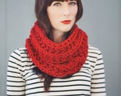 The Canterbury - Chunky Cowl - in Red, Gold, & Blue
