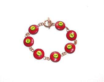 Wire button bracelet in red and green, with copper wire and findings, wire button jewelry
