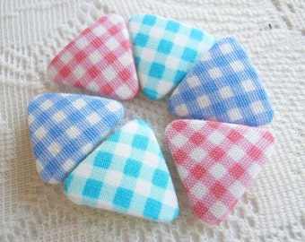 Gingham Fabric Cover Button triangle Shape Gingham Colorful Fabric covered button Flat back, pink green blue ,Set 6pcs sew spring handmade