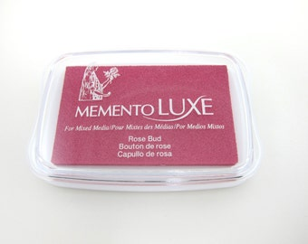 Memento Luxe Stamp Pad Ink Pad for Paper, Wood, Fabric, Etc. - Rose Bud Pink