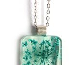 Turquoise Queen Anne's Lace  Resin Pendant Necklace - Real Pressed Flower Encased in Resin, Pressed Flower Jewelry - Resin Necklace
