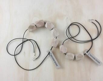 Takita 3 bead necklace