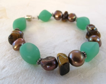 Sea Glass, Pearl and Tiger Eye Bracelet