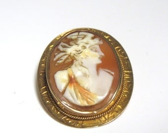 10k Yellow Gold Cameo Brooch - Cameo Shell - Portrait - Oval Pin - Weight 3.5 Grams # 1992