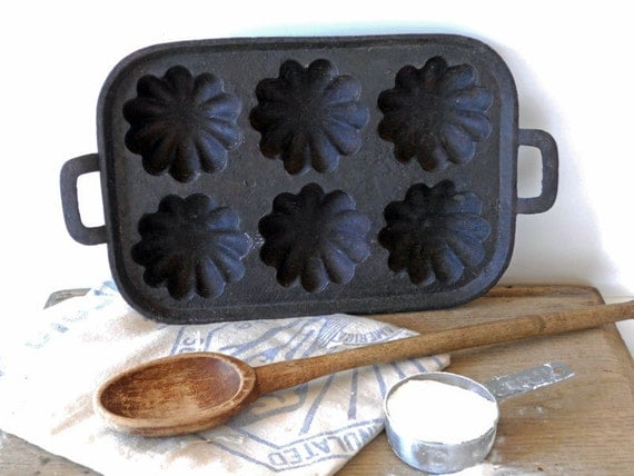 Antique Vintage Cast Iron Muffin Pan Cast Iron Bakeware