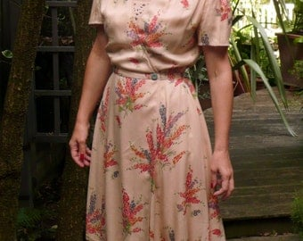 1940s Floral Fabric Wrap Around Cotton Dress // Short Sleeves // Handmade
