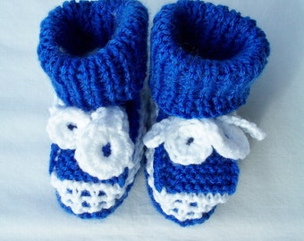 Knitted bright blue and white baby booties with crocheted ties - baby shower gift - newborn gift - blue booties - blue baby booties