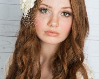 Ivory Flower Birdcage Veil, Silk Flower headpiece, Flower Birdcage Veil, Bridal Flower, Ivory Flower, White Flower Fascinator, OLIVIA