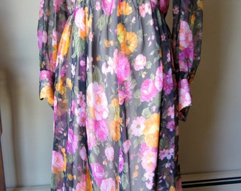 Vintage 70s Floral Maxi Dress
