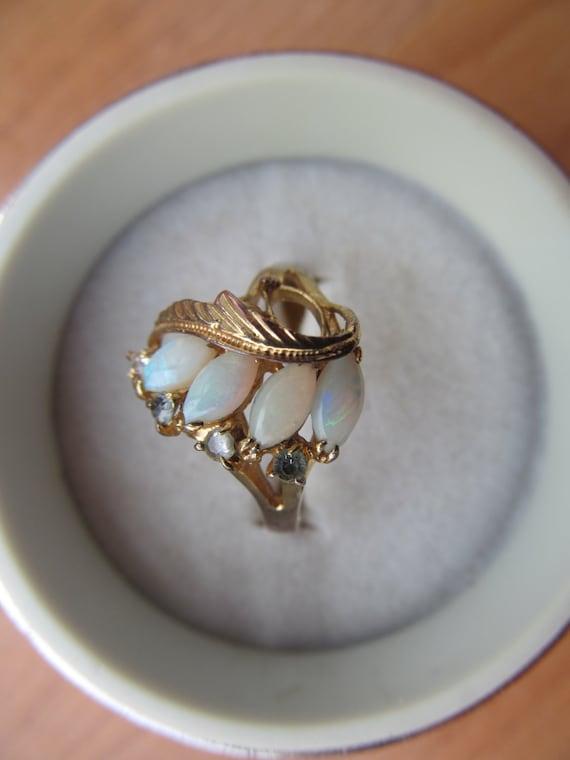 Vintage 18k Hge Faux Opal Ring Size 9 Fun Cocktail By