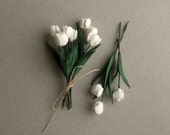 10 Mini Mulberry Paper Flowers (White tulips) - Great for doll houses, scrapbooking, gift wrapping, wedding favour & boutonnieres [152]
