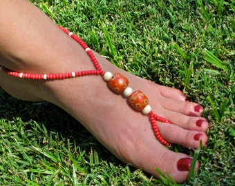 Red and White Wood Barefoot Sandals, Slave Anklet, foot jewelry, ankle bracelet with toe ring