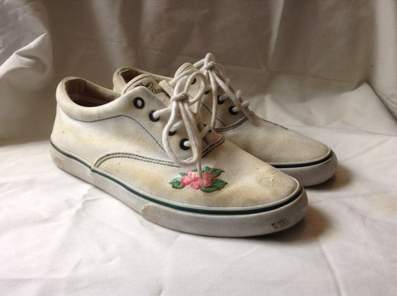 vintage cole haan white canvas oxfords shoes by dazedgrooves