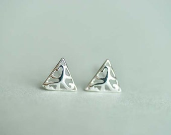 925 Sterling Silver Triangle Pattern Silver Stud Earrings 065