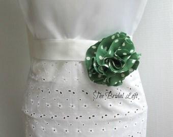 Emerald Green Polka Dot Dress Sash, Polka Dot Dress Sash, Green Bridesmaid Sash, Green Flower Girl Dress Sash, Emerald Green Bridal Sash