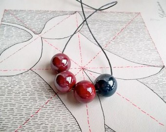 Four beads necklace
