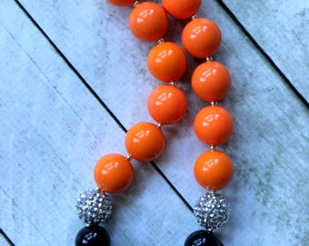 Halloween bubblegum chunky necklace for girls. Orange and black Bengals or Orioles necklace. Birthday necklace. Adult necklace.