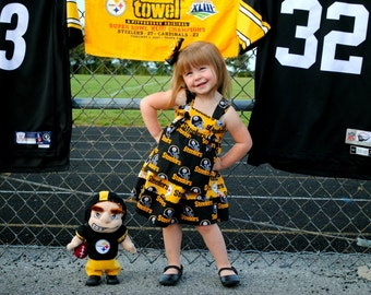 Pittsburgh Steelers Dress, Pittsburgh Steelers Knot Dress, Football themed dress, NFL Dress, Steelers Dress, Steelers Football Dress