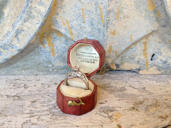 antique early 1900s Victorian leather ring box