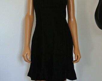 Miss Elliette 1990s Black Velvet Mini Dress LBD Spagetti Straps Evening Cocktail / M