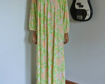 1970s Hippie Nightgown, Boho Maxi Lounge Gown, Floral Groovy Dress OS