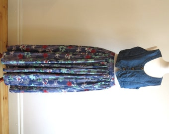 Blue Red Green White Floral Print Maxi Skirt Elastic Waist Full Long Skirt Size Small