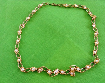 Vintage Chain and Faux Pearl Necklace (Item 288)