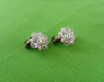 Vintage Clip On Earrings (Item 457)