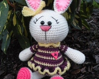 Crochet pattern - the Colourful Bunny