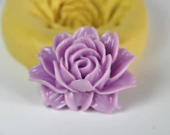 0043-Large Flower Silicone Rubber Flexible Mold-cabochon, wax, soap, resin, fondant, cake decorating, kawaii, polymer clay, food safe