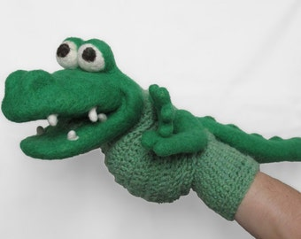 Crocodile puppet - needle felted animal, felt alligator, crochet puppet , sock puppet, wet felted, kids toy, wool, made to oder, theater