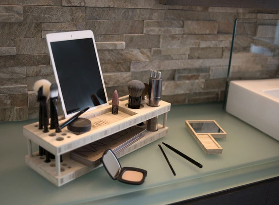nieuwe manier van make up opbergen make me blush. Black Bedroom Furniture Sets. Home Design Ideas