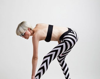 Incredible Frenchy Chevron Stripe Black and White Tailored Super High Waist Leggings
