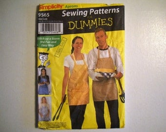 Simplicity 9565 BBQ Aprons Pattern. Sewing Patterns For Dummies Series. Aprons in Four Styles. One Size. 4 Designs.