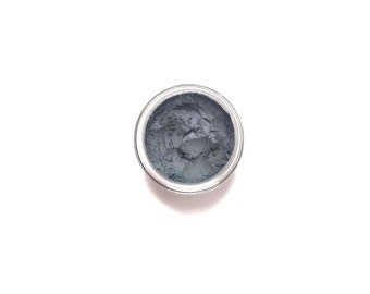 Ocean - Vegan Mineral Eyeshadow - medium dusty blue  - Handcrafted Makeup