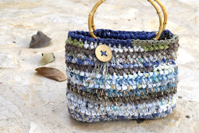 Crochet Bag Bamboo Handles Pattern : Basket bag with bamboo Handles Crocheted handbag in light