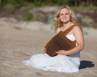 Felt handbag Brown Wool Brown Linen original and comfortable Women Summer Accessory Ready for shipping