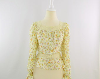 Summer Fields Blouse - Vintage 1980s Boho Floral Prairie Top - Small by St. Michael