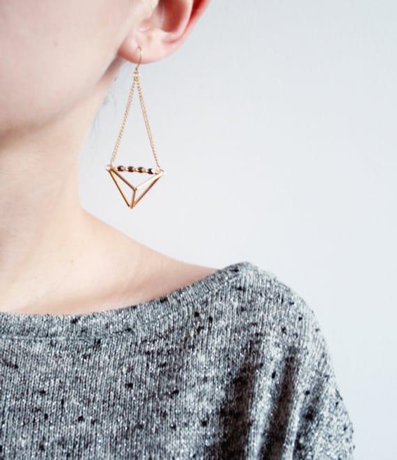 geometric triangle pyramid metallic dangle earrings geometric. Black Bedroom Furniture Sets. Home Design Ideas