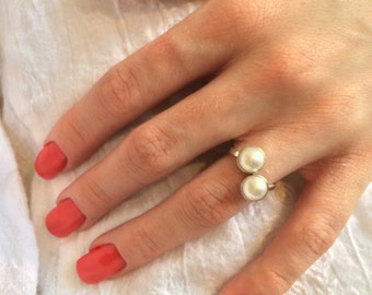 Sterling Silver Pearl Cabochon Ring - Valentine
