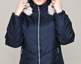 Navy puffer jacket / short jacket / coat with hood / winter coat with detachable hood / faux fur hood / navy coat