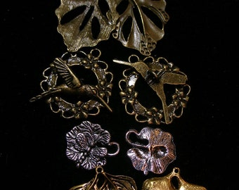 Leaf  Leaves (8) charms pendants toggles  BiG and SPeCIaL   TeamESST, OlympiaEtsy, etsyBuddhists, WWWG, WitchesofEtsy, paganteam, GeekGirls