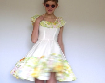 60s Frilly Floral Boned Bodice Full Circle Ruffle Dress xxs xs