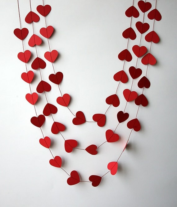 Valentines day decor valentine decor heart garland for Heart decoration ideas