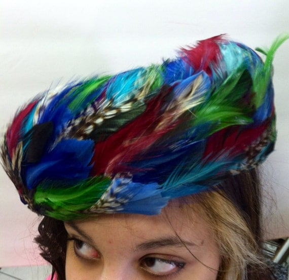Excellent Vintage 1950's FEATHERED Fifties PILLBOX Hat In GORGEOUS Bright Colors