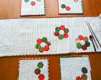 Quilt - Table Runner - White Christmas - 36 x 13 - 02
