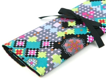 Knitting Needle Case   - Digi Bold  - IN STOCK Large Organizer 30 black pockets for straight, circular, double point needles